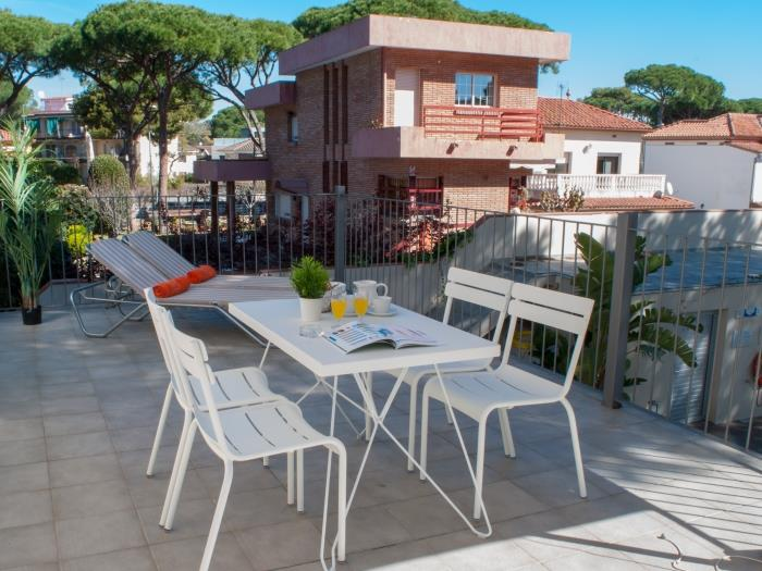 1 bedroom apartment with pool view porta coeli - castelldefels