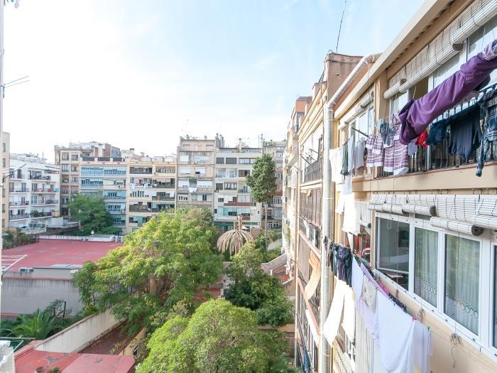 market concepcio view - barcelona