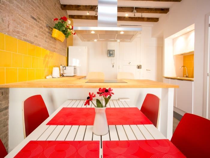 beautiful flat in poble sec - barcelona
