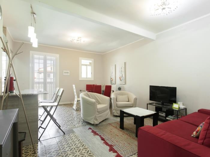 nice and bright flat in poble sec - barcelona