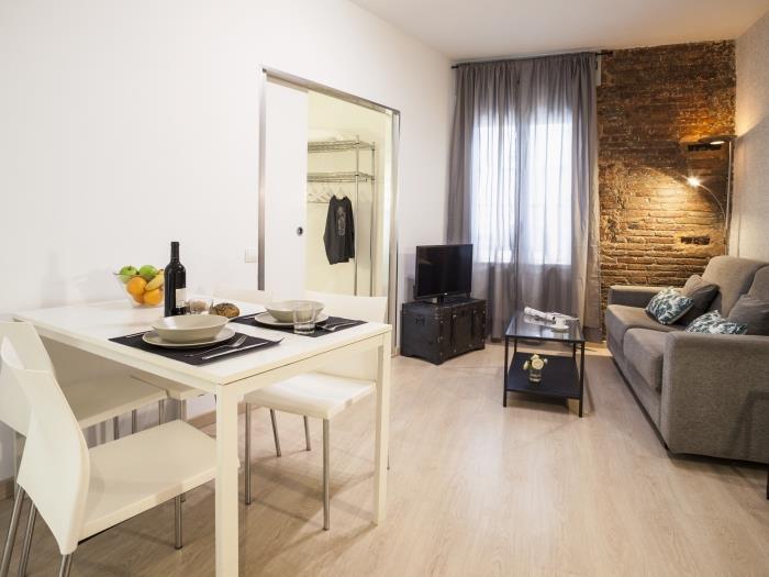 pelai 2 habitaciones - barcelona