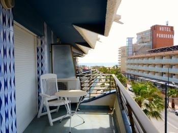 Apartament ROCAMAURA IV 3-7