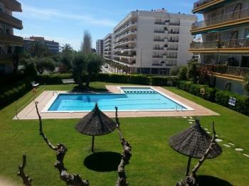 Apartament Oliveras BX(2/4pax)-Free WiFi-Pool-100m Beach