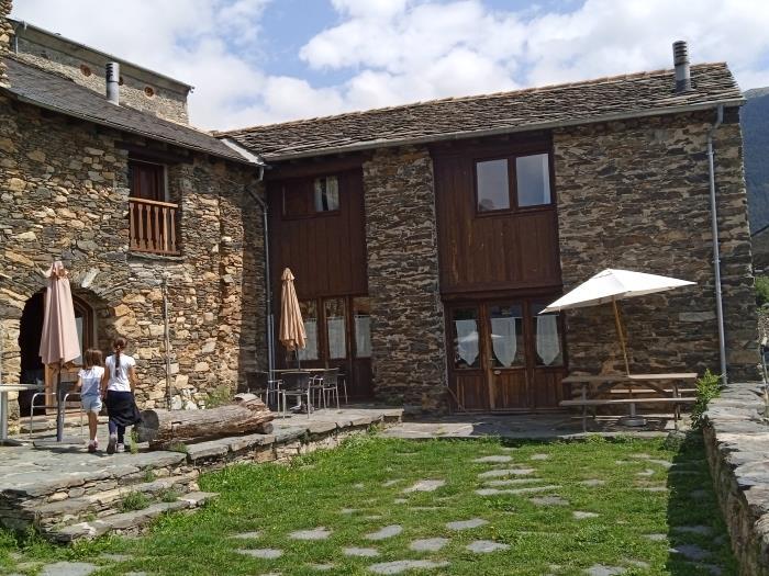 Casa rural en serrat queralbs la cleda de can bonada - Casa rural queralbs ...
