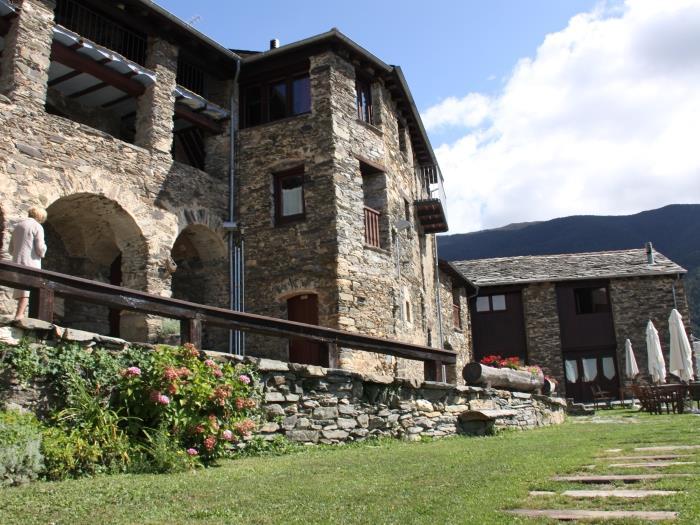 Casa rural en serrat queralbs les golfes de can bonada - Casa rural queralbs ...