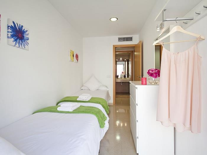 standard 2 bedroom + 2 bathroom balcony - barcelona