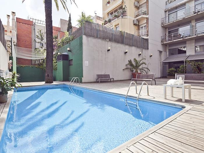 duplex apartment with pool sagrada familia for 8 - barcelona