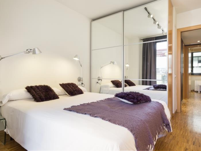 apartment in the city center in barcelona for 6 - barcelona