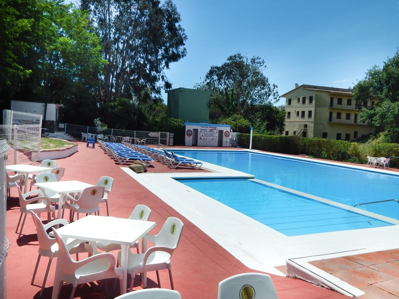 Rent Apartment with Swimming pool in Platja d'Aro - Gardenies Planta Baixa Piscina i Wifi - 2