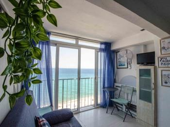 apartment Studio sur la première ligne de mer et piscine Platja d'Aro