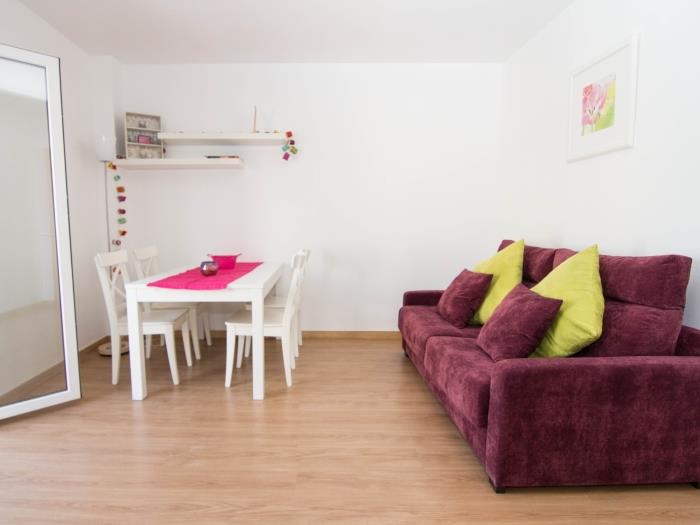 purple attic - sitges