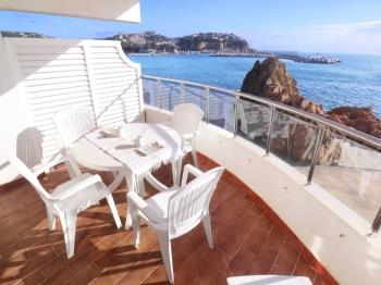 apartment CLUB DE MAR Apto. 4 pax frente al mar C16013 Sant Feliu de Guíxols