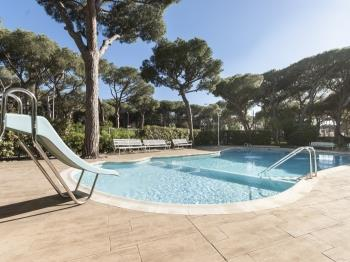 pool bbq apartment in castelldefels - castelldefels