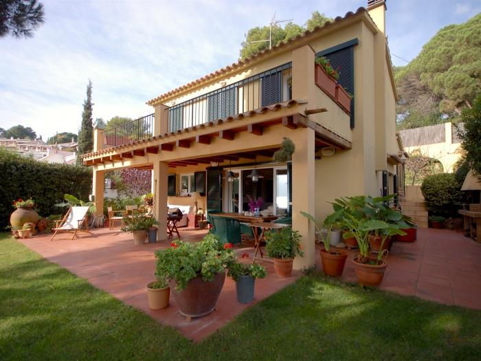 lovely garden house in mar menuda - tossa de mar