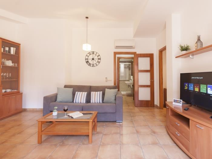cozy apartment in the heart of tossa - tossa de mar