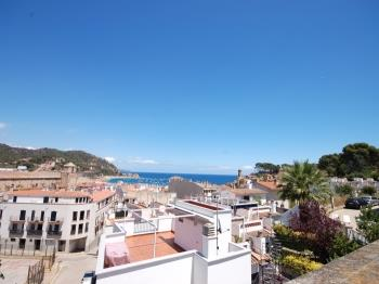 zuhause BIG TERRACE HOUSE and 2 PARKINGS Tossa de Mar