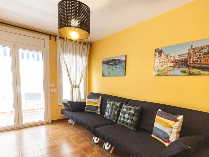 renovated apartment near beach - tossa de mar