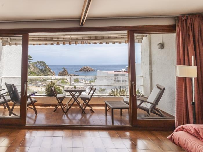 sea views apartment on the beach - tossa de mar