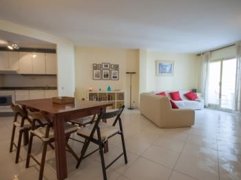 Apartament POOL APARTMENT NEAR BEACH 4