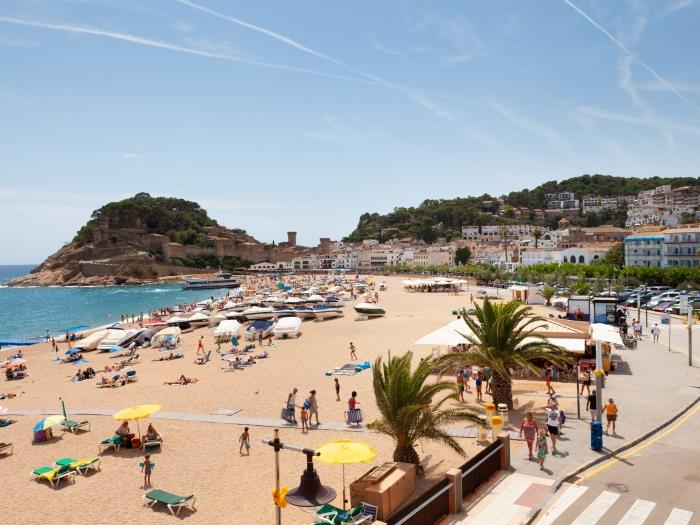 apartment sea views on the beach 3 - tossa de mar