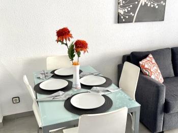 Apartbeach Novelty ,Frente Playa, clima y Wiffi