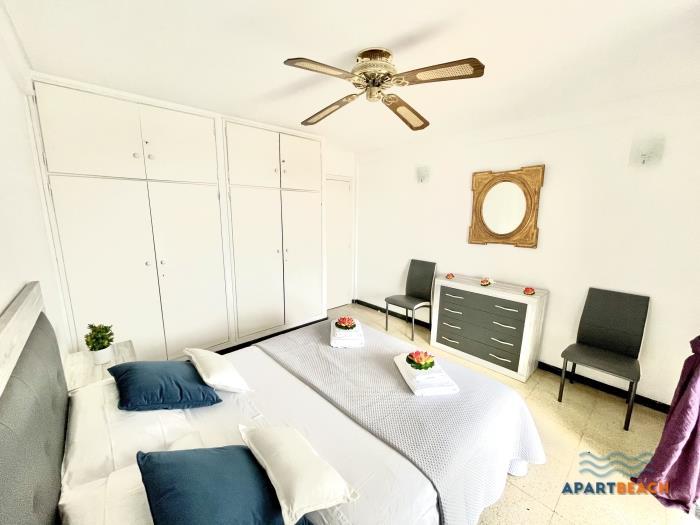 apartbeach malta capri front beach - salou