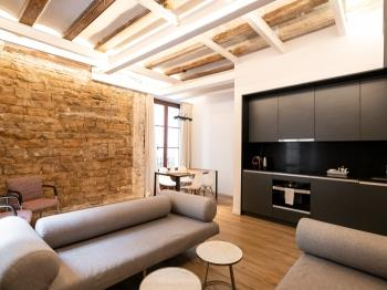 DECO Born-Premium-1bed-11 - Barcelona