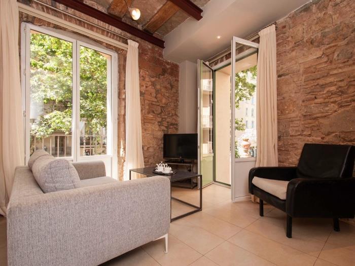 estudio con terraza en el born - barcelona