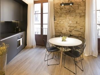 DECO Born-Deluxe-1-Bed-24 - Barcelona