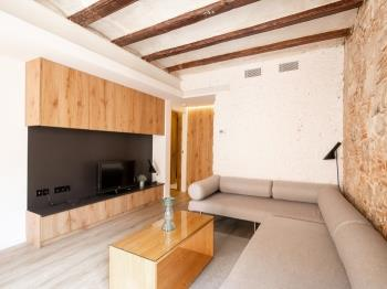 DECO Born-3-bedroom-Apt-42 - Barcelona