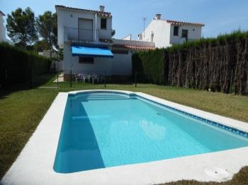 FAMILY HOUSE WITH GARDEN AND SWIMING-POOL, BBQ AND WIFI_JUAN DE ALMENARA - Apartment in L'Ametlla de Mar