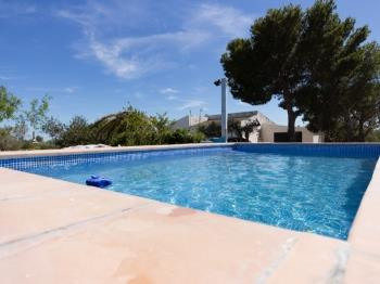 FAMILY HOUSE WITH A BIG GARDEN, BBQ AND WIFI_BORDERET - Apartment in L'Ametlla de Mar