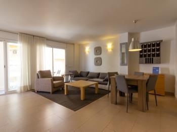 APARTAMENTO CON WIFI Y AIRE ACONDICIONADO SANTIAGO RUSSINYOL - Apartamento en L'Ametlla de Mar