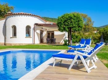 Casa Zen amb jardí mirador, piscina privada i privacitat