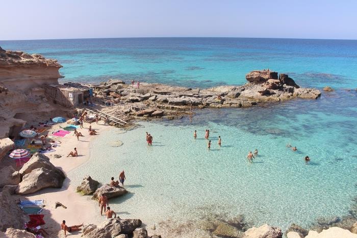 Escapadas relámpago a Ibiza o Formentera desde Dénia