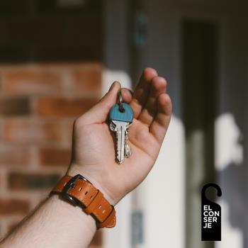 ¿Entregar llaves en mano o usar candados automáticos en una vivienda de uso turístico?