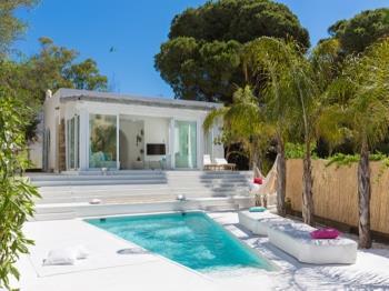 Villa C'a Miami Chic and Minimalist