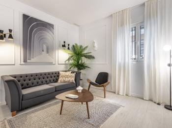 Central Stylish and Elegant 2BR Apartment I