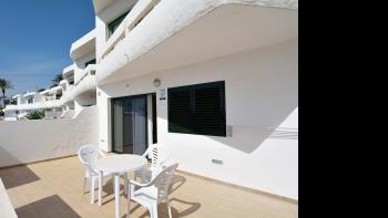 Sunny Puerto del Carmen Central Location