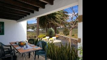 Villas Finca la Crucita 2 Bedrooms - Apartment in Haria