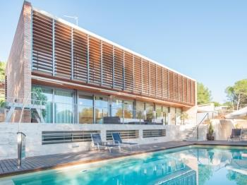 Tamarit Grand Design Villa - Apartament a Tamarit, Tarragona