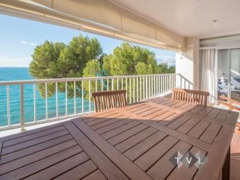 Beachfront apartment Brusells - Apartamento en Salou